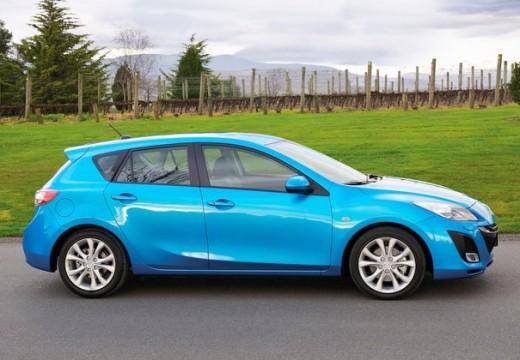 MAZDA 3 III hatchback niebieski jasny boczny prawy
