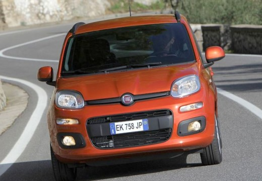 FIAT Panda hatchback czerwony jasny przedni