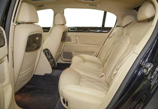 BENTLEY Continental Flying Spur sedan wnętrze