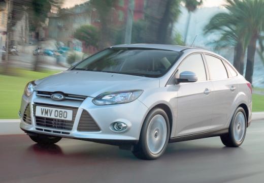 FORD Focus V sedan silver grey przedni lewy