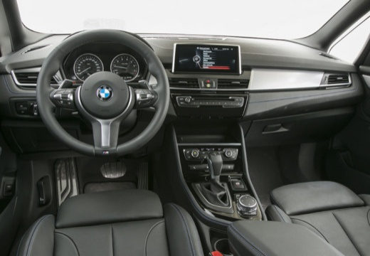 BMW Seria 2 Gran Tourer F46 I kombi tablica rozdzielcza