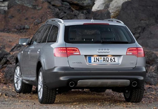 AUDI A6 Allroad kombi silver grey tylny lewy
