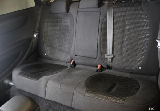 CITROEN C4 II hatchback wnętrze