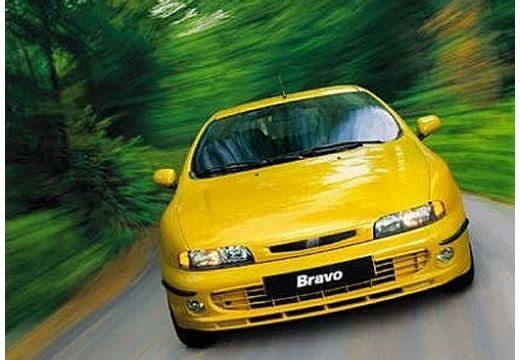 FIAT Bravo hatchback żółty przedni