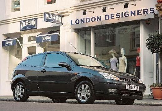 FORD Focus hatchback niebieski jasny przedni prawy