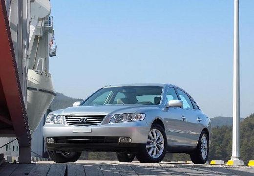HYUNDAI Grandeur sedan silver grey przedni lewy