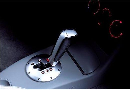 VOLKSWAGEN Lupo hatchback szczegółowe opcje