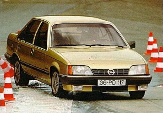 OPEL Rekord E 1.8 LS Sedan 90KM (benzyna)