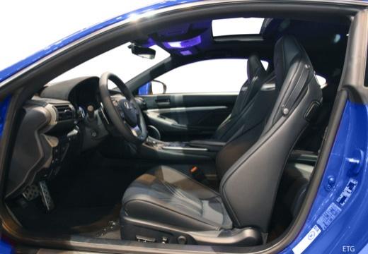 LEXUS RC I coupe wnętrze