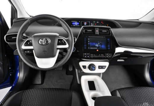 Toyota Prius IV hatchback tablica rozdzielcza