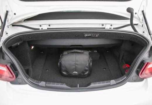 BMW Seria 2 Cabrio F23 I kabriolet przestrzeń załadunkowa