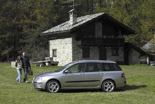 FIAT Stilo 1.9 JTD 100 Fresh Kombi Multiwagon II 2.0 100KM (diesel)