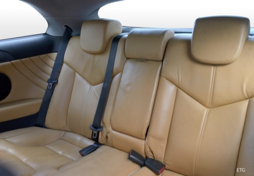 ALFA ROMEO GT coupe wnętrze