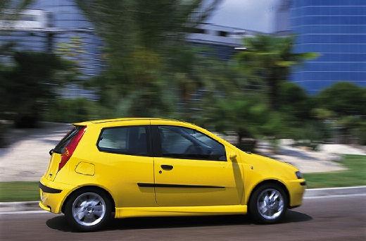 FIAT Punto II I hatchback żółty tylny prawy