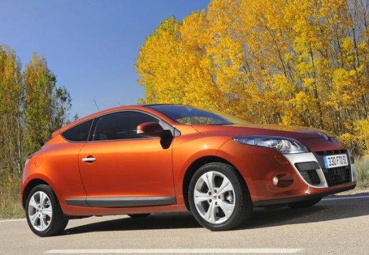 RENAULT Megane III Coupe I hatchback czerwony jasny przedni prawy