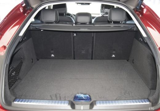 MERCEDES-BENZ Klasa GLC GLC Coupe C 253 I hatchback przestrzeń załadunkowa