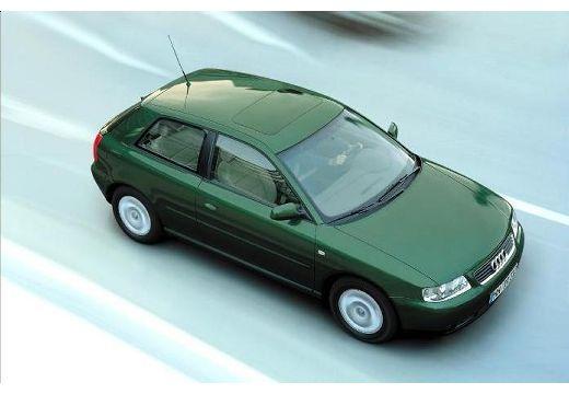 AUDI A3 /S3 8L II hatchback zielony górny przedni