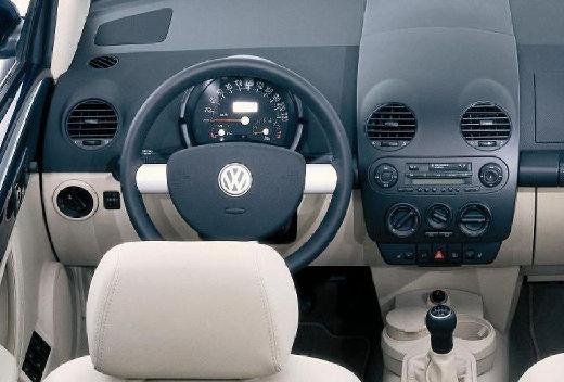 VOLKSWAGEN New Beetle Cabriolet I kabriolet niebieski jasny tablica rozdzielcza