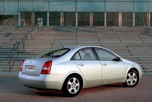 NISSAN Primera IV sedan silver grey tylny prawy