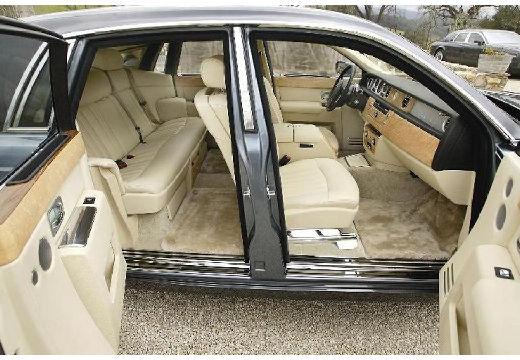 ROLLS-ROYCE Phantom I sedan silver grey wnętrze
