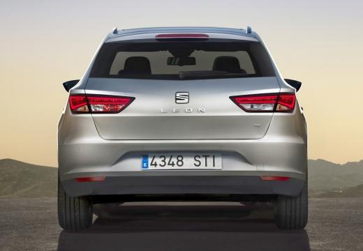 SEAT Leon ST I kombi silver grey tylny