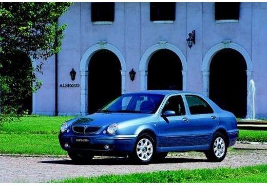 LANCIA Lybra I sedan niebieski jasny przedni lewy
