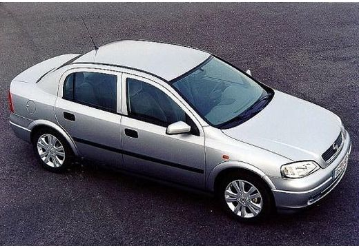 OPEL Astra II sedan silver grey górny przedni