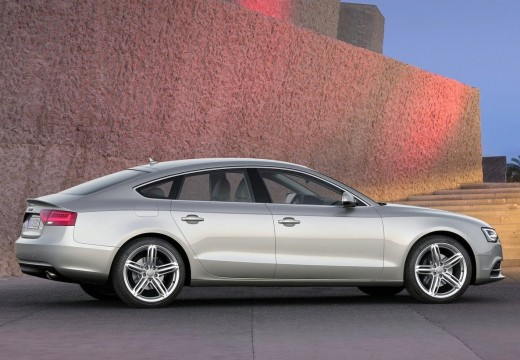 AUDI A5 Sportback II hatchback silver grey tylny prawy