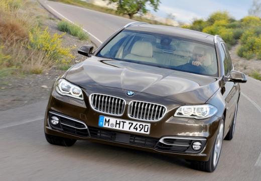 BMW Seria 5 kombi brązowy przedni