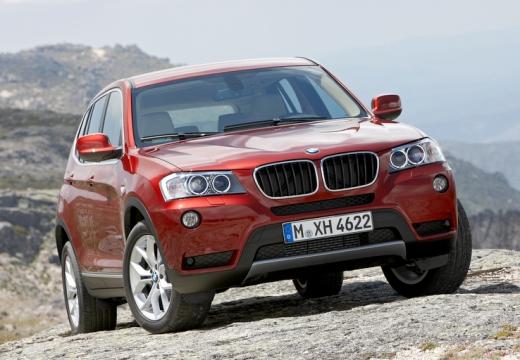 BMW X3 kombi czerwony jasny przedni prawy