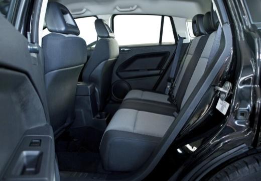DODGE Caliber II hatchback czarny wnętrze