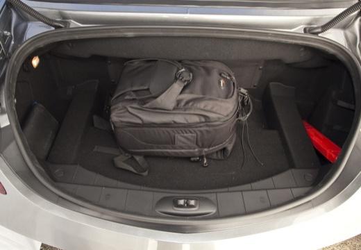MERCEDES-BENZ SLS roadster przestrzeń załadunkowa
