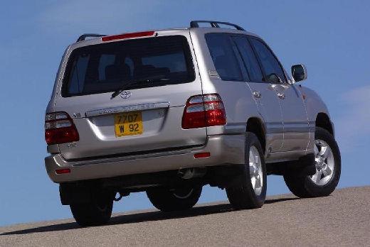 Toyota Land Cruiser 100 II kombi silver grey tylny prawy
