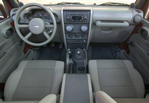 JEEP Wrangler 2.8 CRD Unlim. 70th Anniv. aut Soft top IV 200KM (diesel)