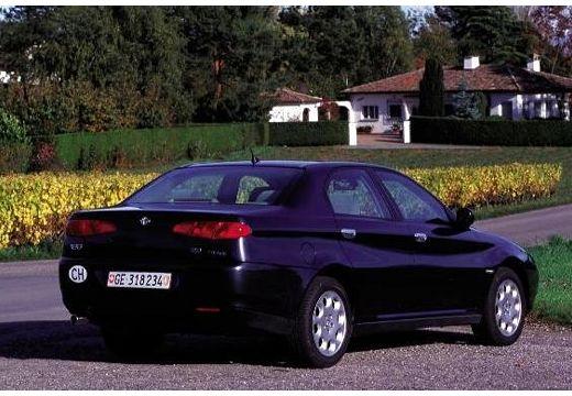 ALFA ROMEO 166 I sedan czarny tylny prawy