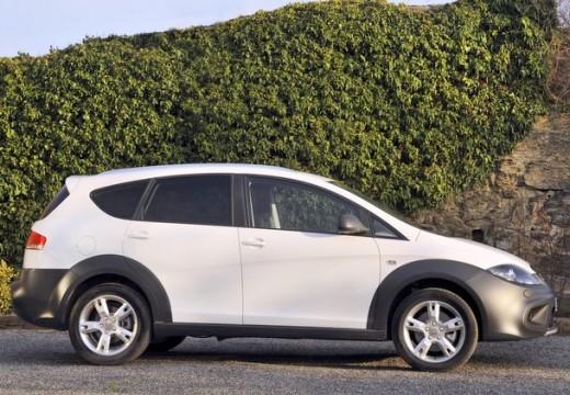 SEAT Altea XL II hatchback biały boczny prawy