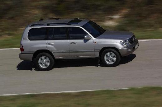 Toyota Land Cruiser 100 II kombi silver grey przedni prawy