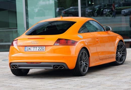 AUDI TT coupe pomarańczowy tylny prawy