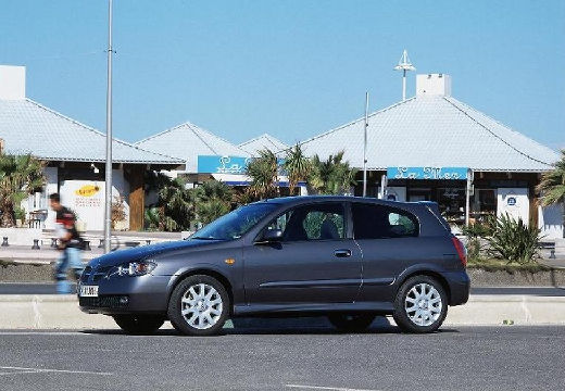 NISSAN Almera II II hatchback szary ciemny przedni lewy
