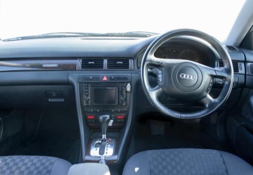 AUDI A6 /S6 Avant 4B I kombi tablica rozdzielcza