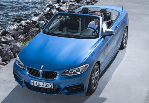 BMW Seria 2 Cabrio F23 I kabriolet niebieski jasny górny przedni