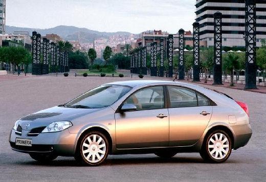 NISSAN Primera IV hatchback szary ciemny przedni lewy