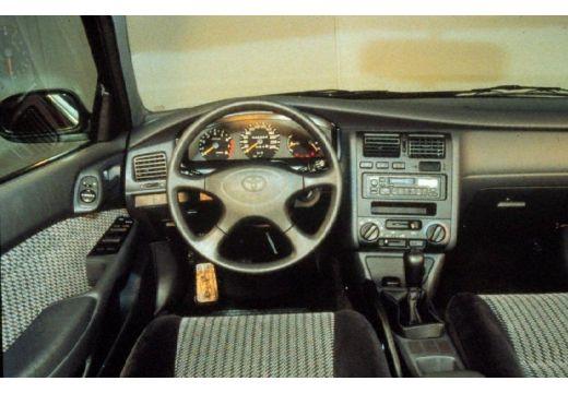 Toyota Carina E 2.0 GLi Sedan 133KM (benzyna)