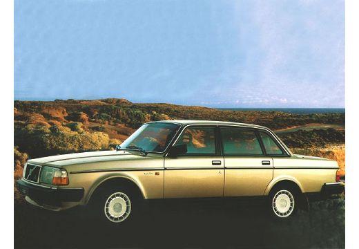 VOLVO 240 sedan brązowy przedni lewy