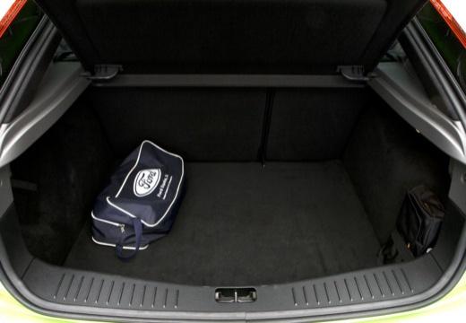 FORD Focus IV hatchback przestrzeń załadunkowa