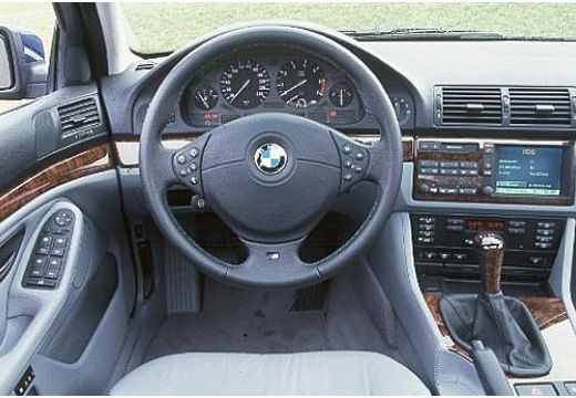 BMW 525i Sedan E39/4 2.5 192KM (benzyna)