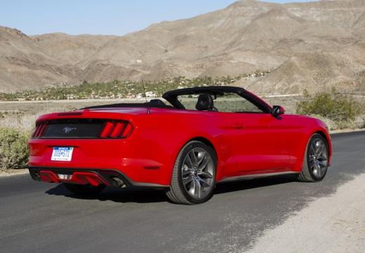 FORD Mustang Convertible I kabriolet czerwony jasny tylny prawy