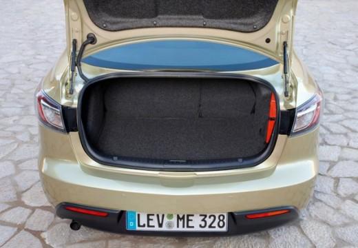 MAZDA 3 III sedan przestrzeń załadunkowa
