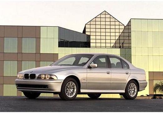 BMW Seria 5 E39/4 sedan szary ciemny przedni lewy