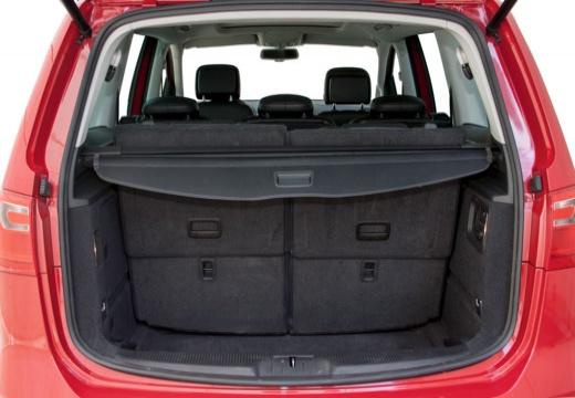 SEAT Alhambra III van przestrzeń załadunkowa